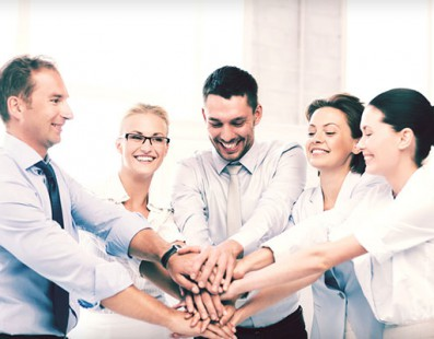 Josh Peace Reviews Why Socialising with Co-workers is Great for Business